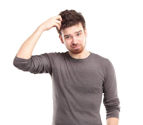 jovem-homem-preocupado-dúvida-confuso-1
